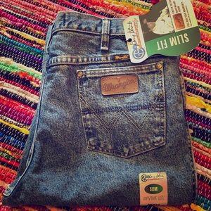 Wrangler George Strait cowboy cut jeans slim fit